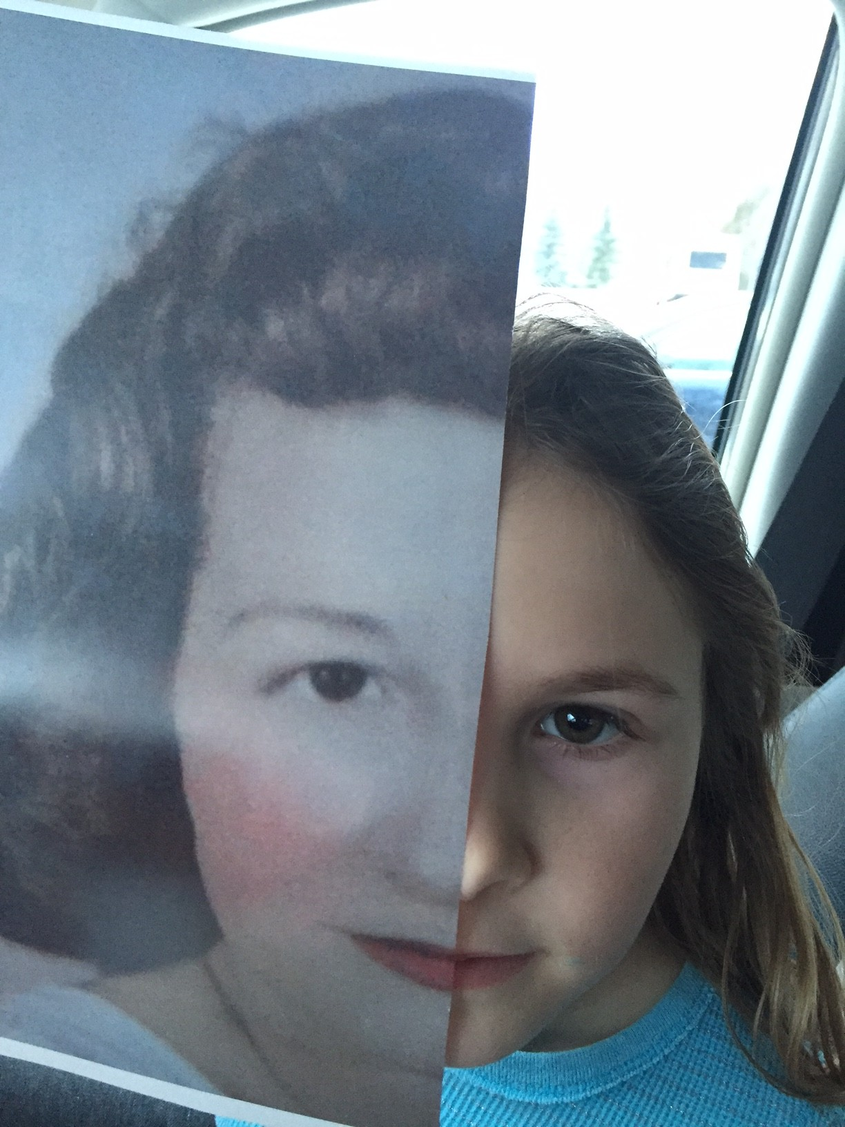 Look-Alike Family Photos: These Relatives are 80 Years Apart