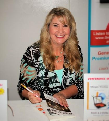 Lisa Louise Cooke signing books